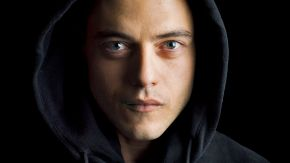 3047577-poster-p-1-mr-robot-on-usa