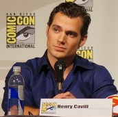 henry_cavill_man_of_steel_comic_con_2013_1_cropped