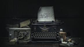 typewriter-abandoned-lost-5823